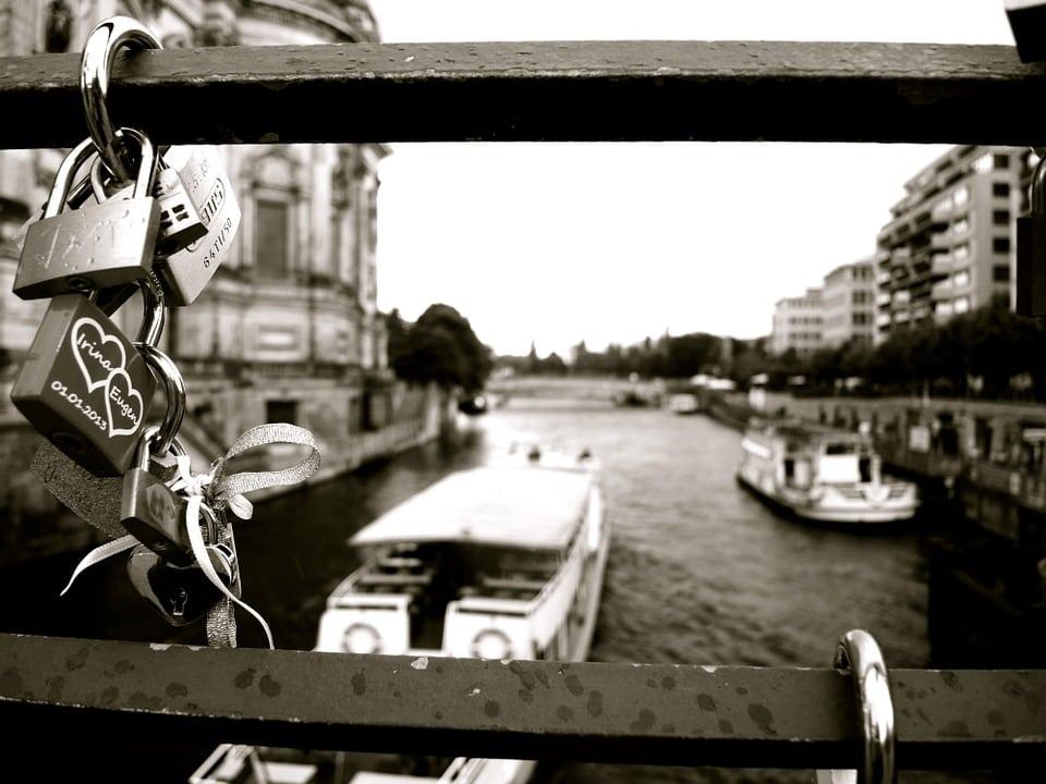 Agua Dulce Storage boat lock