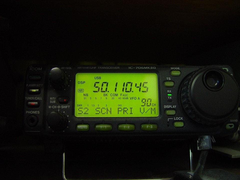 Agua Dulce Storage vhf radio